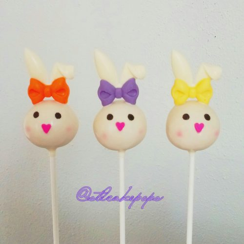 Bunny Heads cake pops