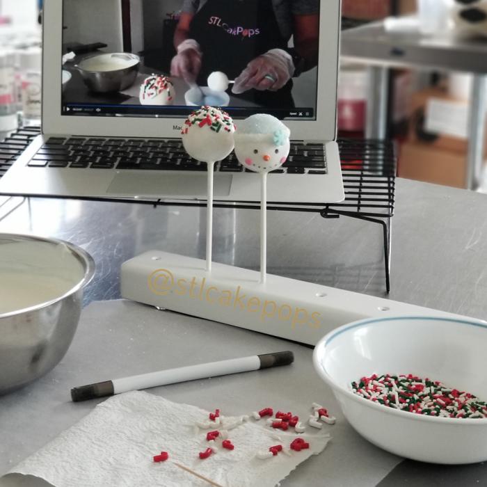 Christmas Cake Pop Instructional Video